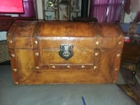 Faux wood pirate treasure chest. Newcastle, 95658