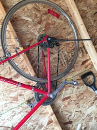 Red and black road bike give me an offer Calgary