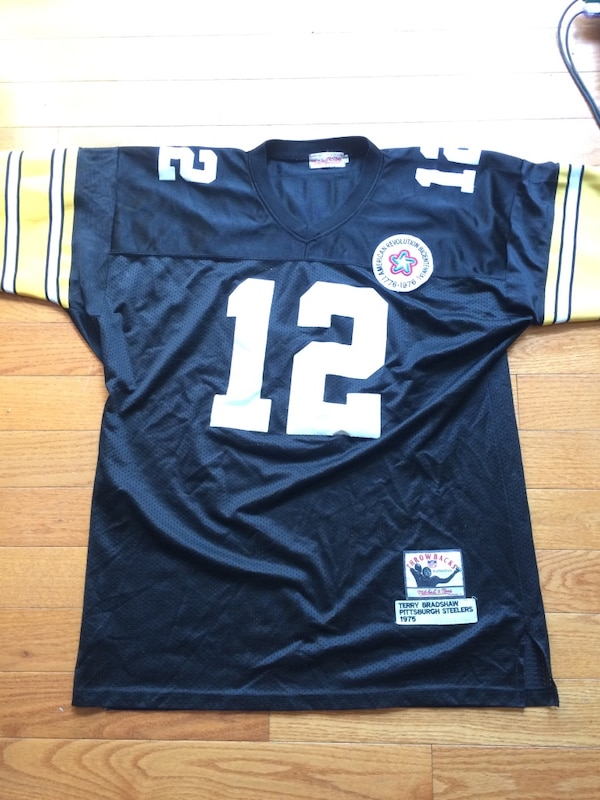 timeless design cf8e0 f637f Throwback 1975 Terry Bradshaw Steelers Jersey