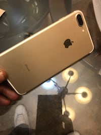 gold iPhone 7 plus New York, 11206