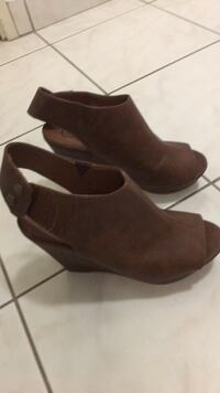 pair of brown suede booties Toronto, M1W