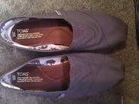 Grey toms size 9