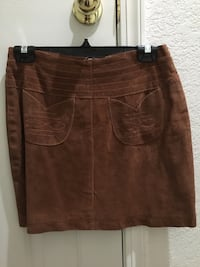 Suede mini skirt, size 6, never worn Antioch