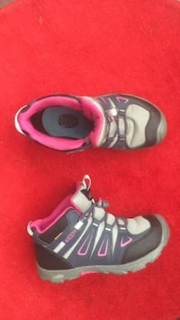 Pair of gray & pink Keen hiking boots.unusual - out grown- nearly new