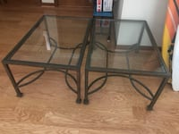 Set of 2 end tables  Clifton, 20124