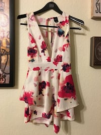 White and pink floral sleeveless dress Las Vegas, 89141