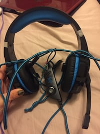 Black and blue corded headset Ocala, 34474