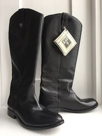 FRYE size 9 NEW with tags!! London, N6C 1Z7