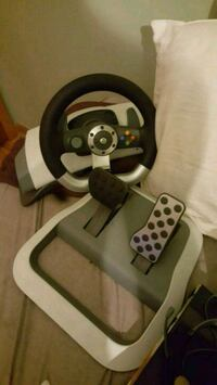 Xbox 360 steering wheel  London, N6G 2Y8