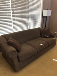 Pull Out Couch (Brown) Tustin, 92782