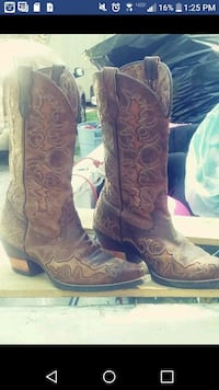 Brand,new boots Springfield, 65807