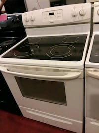 Stove electric excellent condition 4months warranty  Halethorpe, 21227