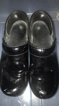 Black Patent Leather Danskos (size 38) Swampscott, 01907