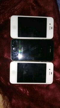 3 iPhone 4's and iPad with case Edmonton, T5T 2T2
