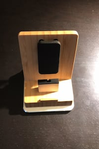 Phone stand for iPhone Gatineau, J9A 2Z9