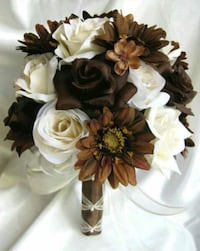 Brown and white petaled flowers Port Saint Lucie, 34952