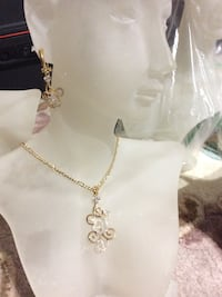 Embellished diamond gold figaro necklace 多伦多, M1W 3J7