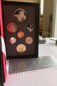 1990 Royal Canada Mint Proof Coin Set - w/ 50% $1  Calgary, T2R 0S8