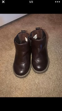 Children Place Boots: Size 6 Elkridge, 21075