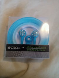 Brand new blue head phone earbuds with case Columbus, 43206