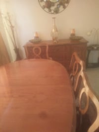dining room.set ,6 with chairs 3151 km