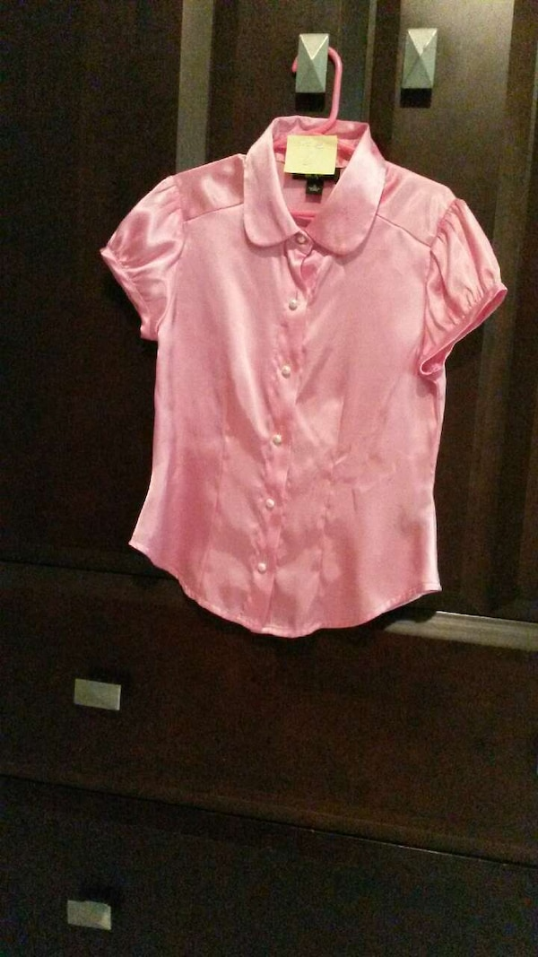 eb582c85 Used pink button-up blouse for sale in Covington - letgo