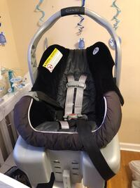 baby's black and gray car seat carrier Silver Spring, 20904