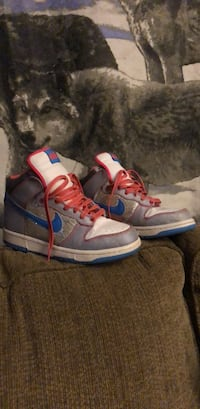 Nike high tops (women's) 387 mi