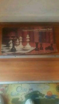 chess set complete good condition with bored Pico Rivera, 90660