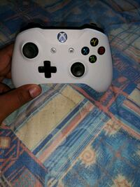 white Xbox One game controller Greater London, HA1 1XY