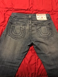 True religion jeans size 32 price is firm Toronto, M1R 3Z8