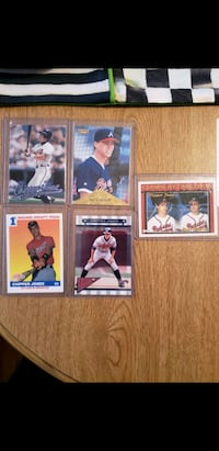 5 Chipper Jones assorted cards  Latham, 12110