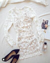 White Lace Dress Size XS Vaughan
