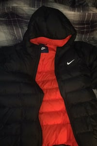 Men's Nike bomber coat like new Edmonton, T5G 1X1