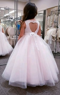 Show stopping girl's ball gown special occasion dr Barrie, L4N 9K5