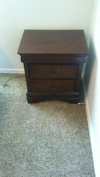 brown wooden 2-drawer nightstand Las Cruces, 88011