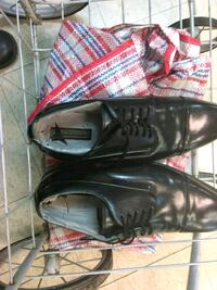 pair of black leather dress shoes Alameda, 94501
