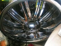 22 inch 5 lug universal all center caps Manchester, 03104