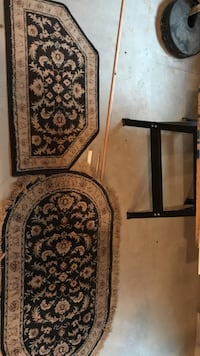 Set of 2 wool rugs. Entryway rug and 2x4 rug Plainfield, 60585
