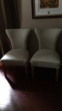 Two chairs almost new Pickering, L1V 5V6