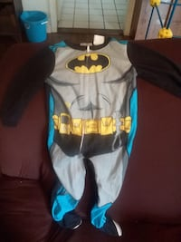 baby's gray and blue onesie Kingsport
