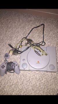 white Sony PS1 console with controller Gaithersburg, 20878