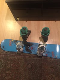 Burton snow board and snow board in boots  Hamilton, L8S