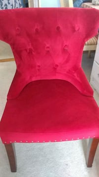 red velvety fabric sofa chair, great condition, Largo, 33778