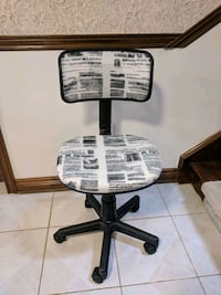 Office Chair, black and white Whitchurch-Stouffville