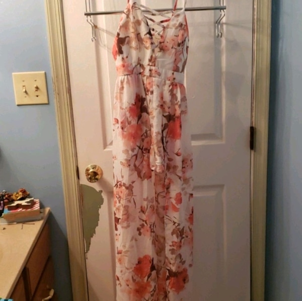 Romper Floral pink and white with shorts built  5dceae52-eff0-4b57-b661-28499009807a