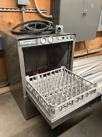 Champion Commercial Dishwasher – Needs Repair