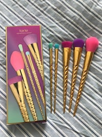 Tarte magic wands Makeup Brushes set Chicago, 60634