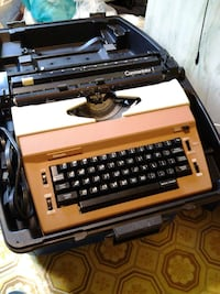 Sears Commentator 1 electric typewriter