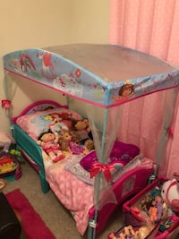 Dora toddler canary bed with mattress  Lafayette